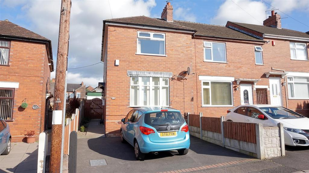 2 Bedrooms Town House for sale in Graham Street, Bucknall, Stoke-On-Trent, Staffs