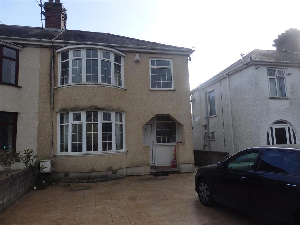 3 Bedrooms Semi Detached House for sale in Gelli Road, Llanelli