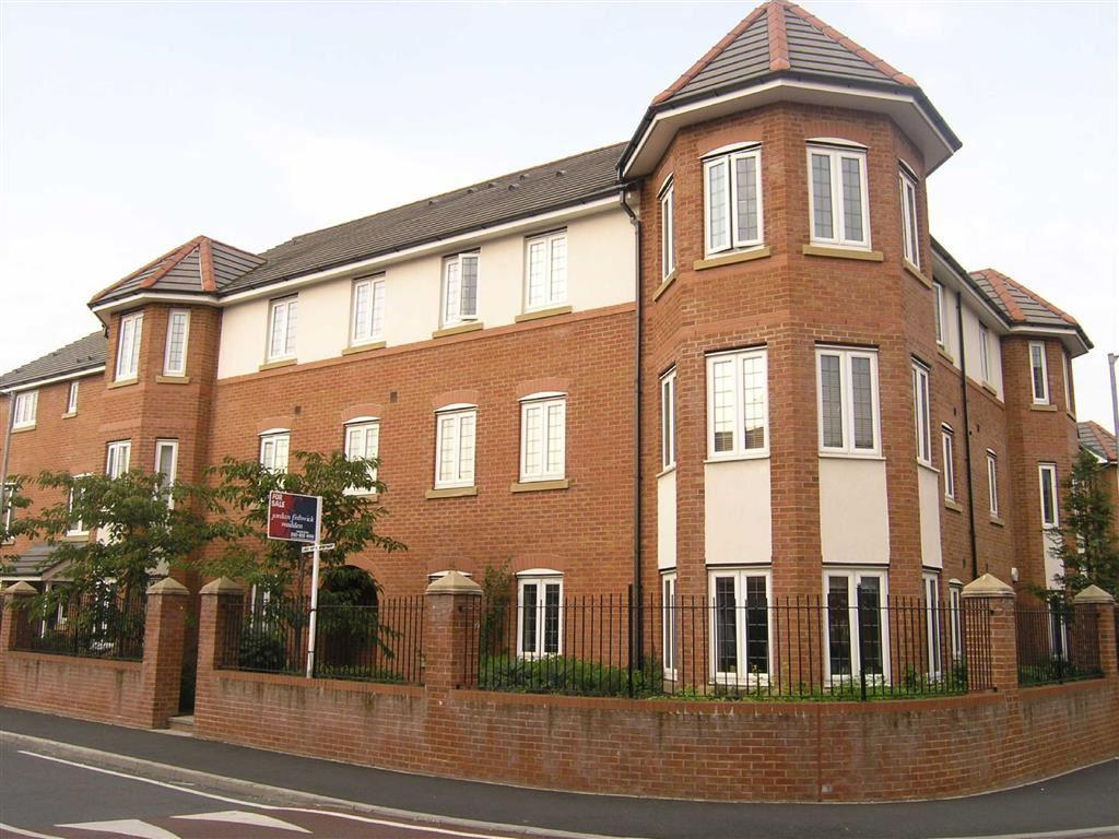 2 Bedrooms Flat for sale in New Barns Avenue, Chorlton, Manchester