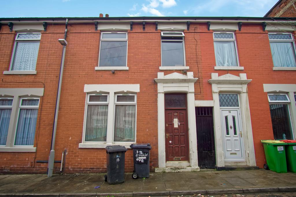3 Bedrooms Terraced House for sale in House for Sale on Saint Pauls Avenue