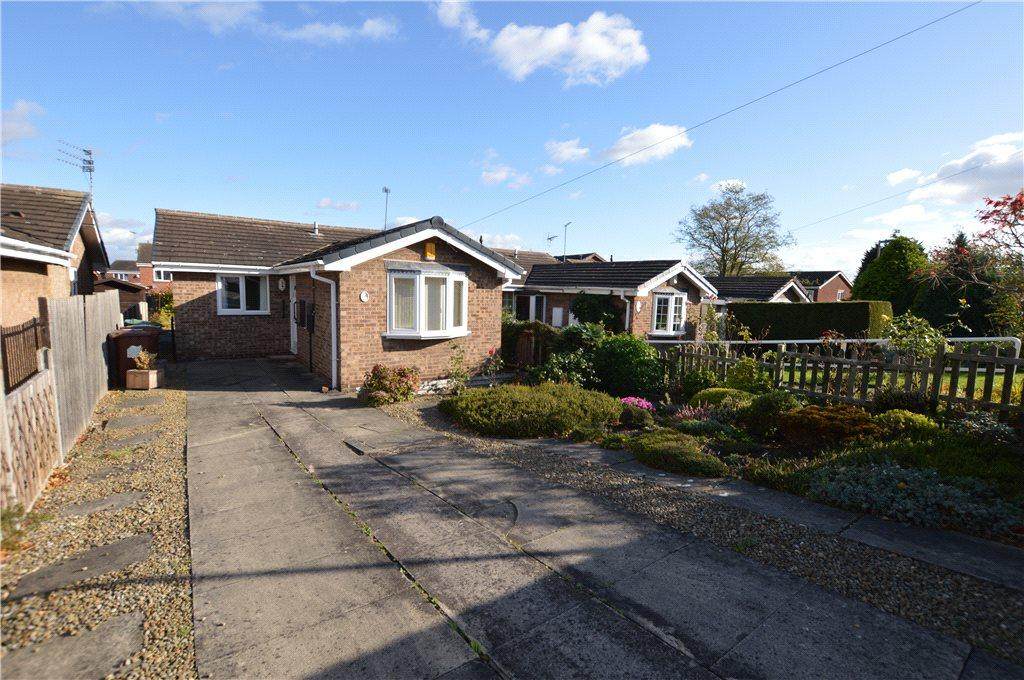 3 Bedrooms Detached Bungalow for sale in Speak Close, Wakefield, West Yorkshire
