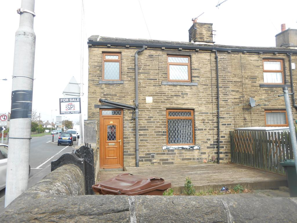 2 Bedrooms Terraced House for sale in Seed Row, Bradford BD4