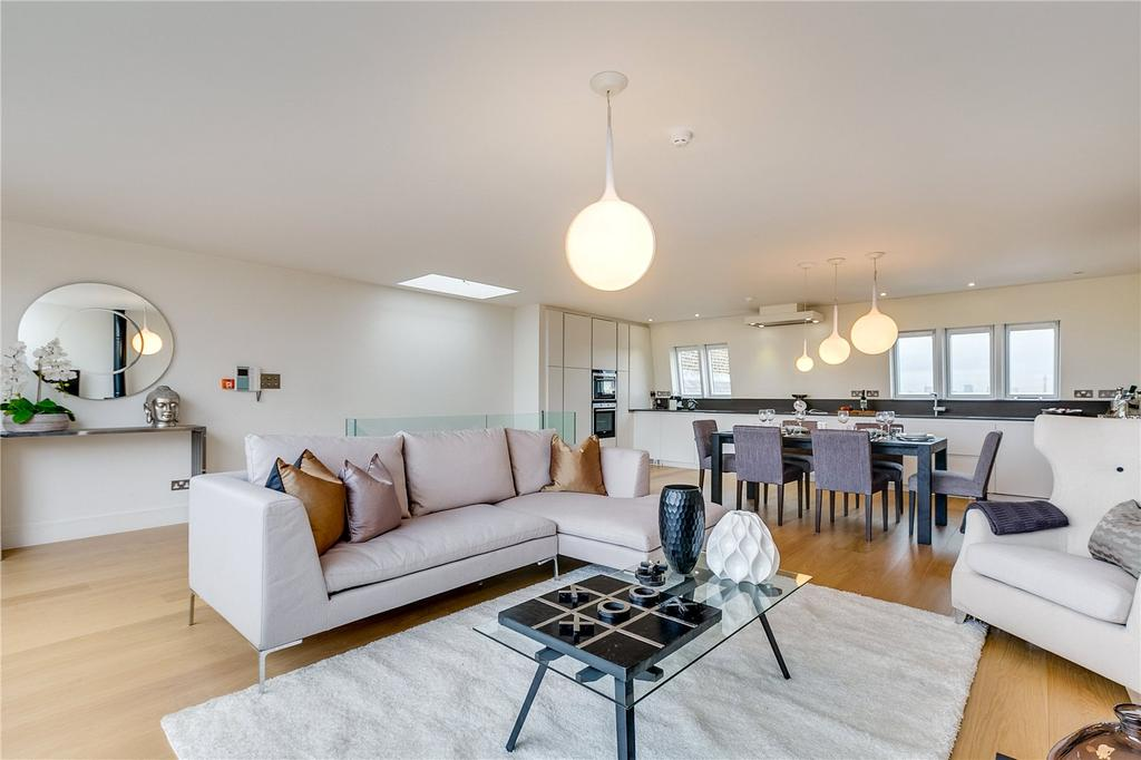 4 Bedrooms Flat for sale in Airlie Gardens, Kensington, London