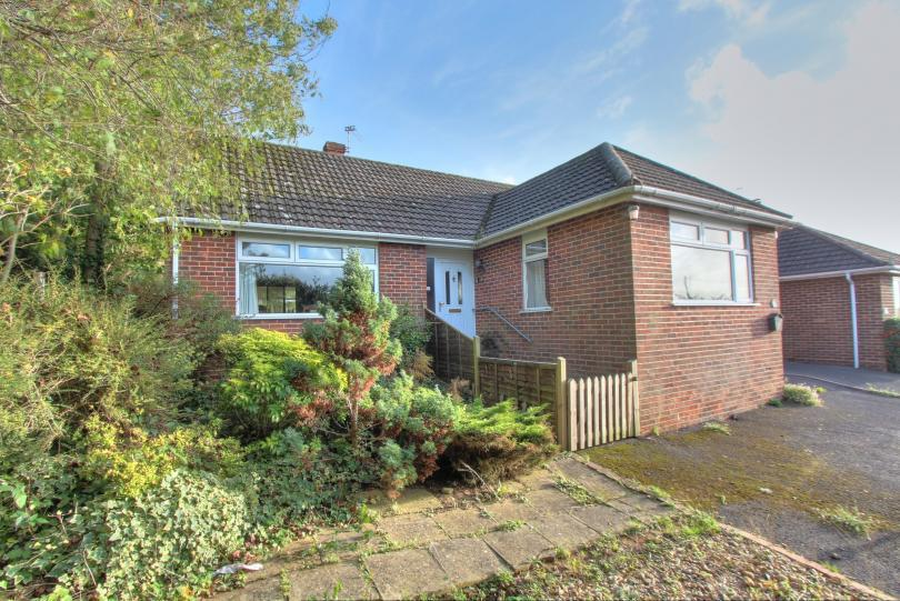 2 Bedrooms Detached Bungalow for sale in Craven Road, Chandlers Ford