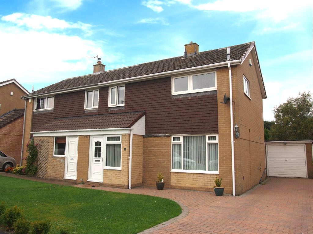 3 Bedrooms Semi Detached House for sale in Grange Avenue, Hurworth, Darlington