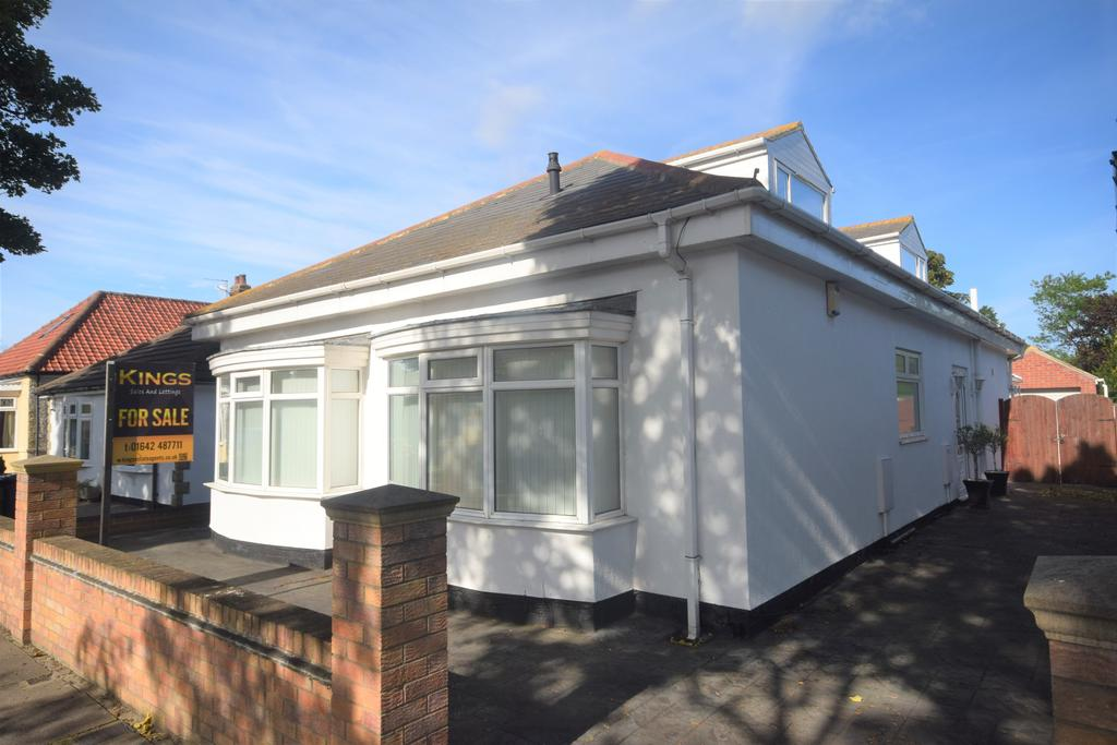 5 Bedrooms Detached Bungalow for sale in St. Margarets Grove, Redcar TS10