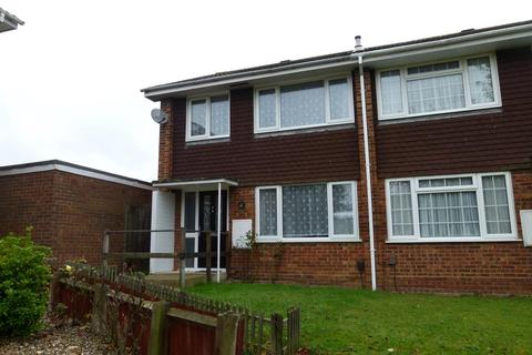 3 bedroom terraced house to rent - Primrose Close, Flitwick, MK45