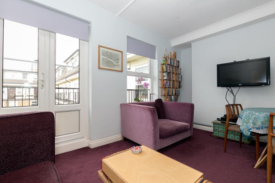 2 Bedrooms Apartment Flat for sale in Riverside Mansions - E1W