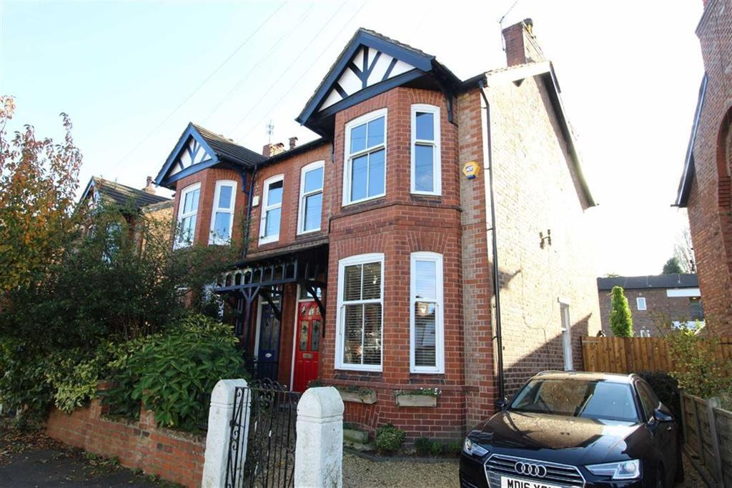4 Bedrooms Semi Detached House for sale in Claude Road, Chorlton