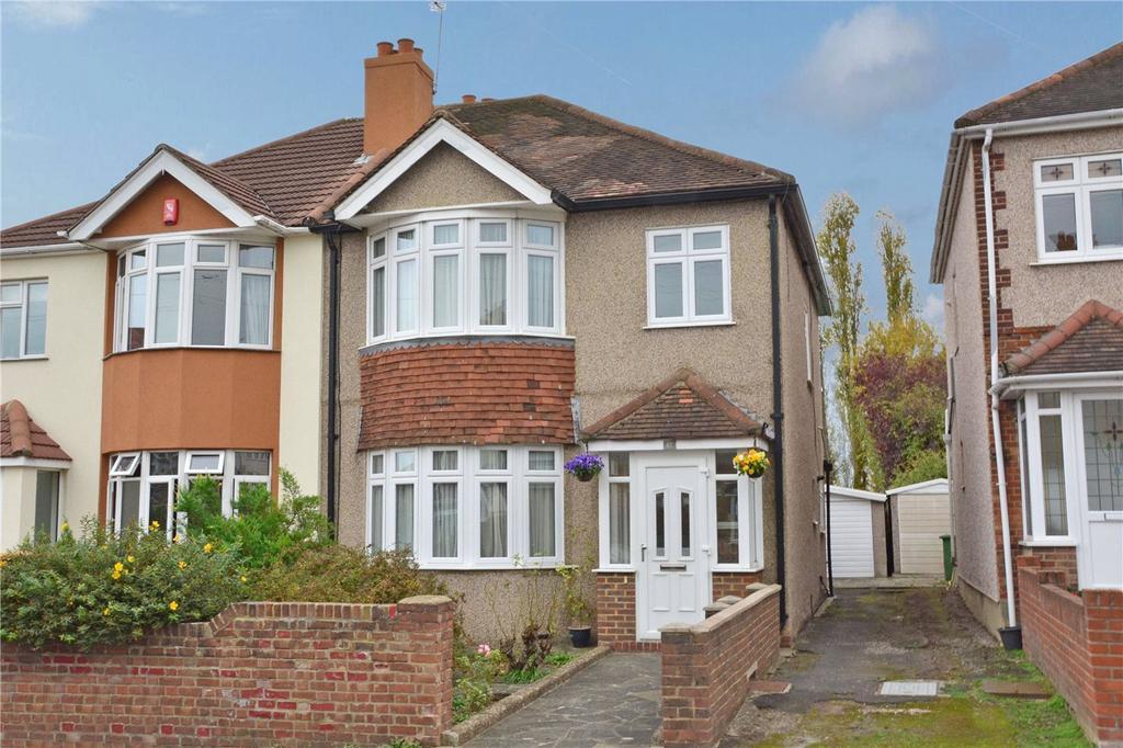 3 Bedrooms Semi Detached House for sale in Felhampton Road, London, SE9