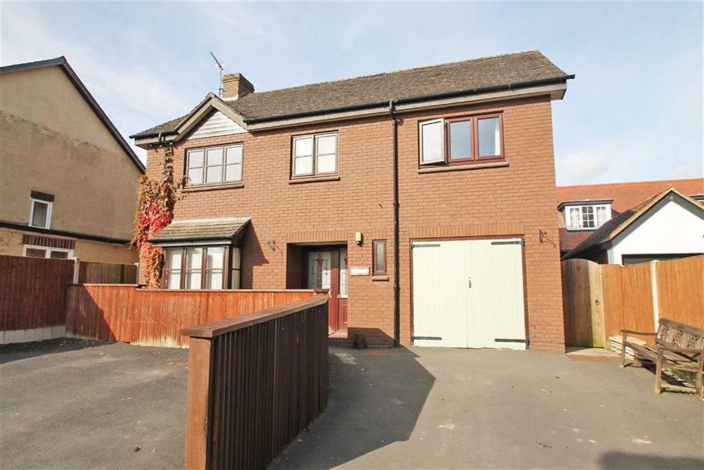 4 Bedrooms Detached House for sale in Pinsley Road, LEOMINSTER, Leominster