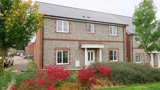 4 Bedrooms Detached House for sale in Gwyther Mead, Taunton TA1