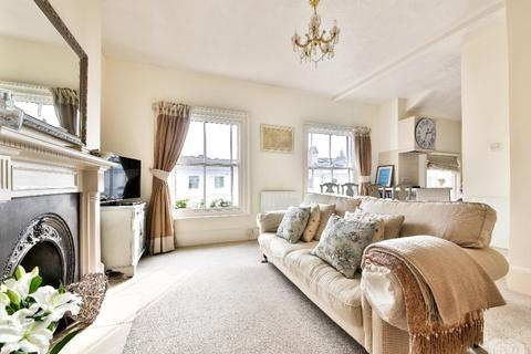 1 bedroom flat to rent - Buckingham Place Brighton East Sussex BN1