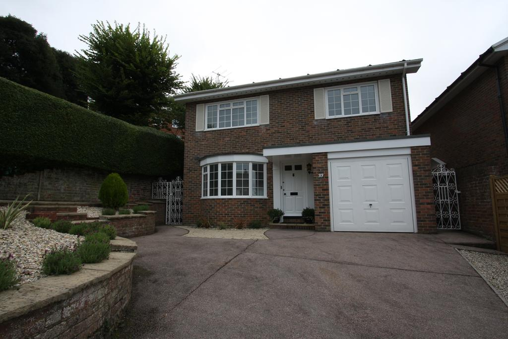 3 Bedrooms Detached House for sale in Rowsley Road, Eastbourne BN20