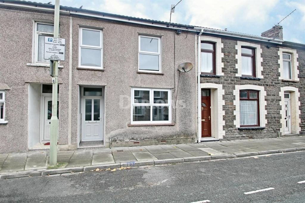 3 Bedrooms Terraced House for sale in Middle Street, Trallwn