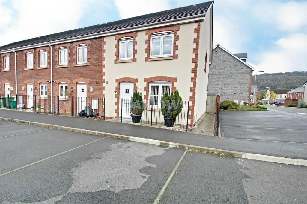 3 Bedrooms End Of Terrace House for sale in Heol Gruffydd, Rhydyfelin