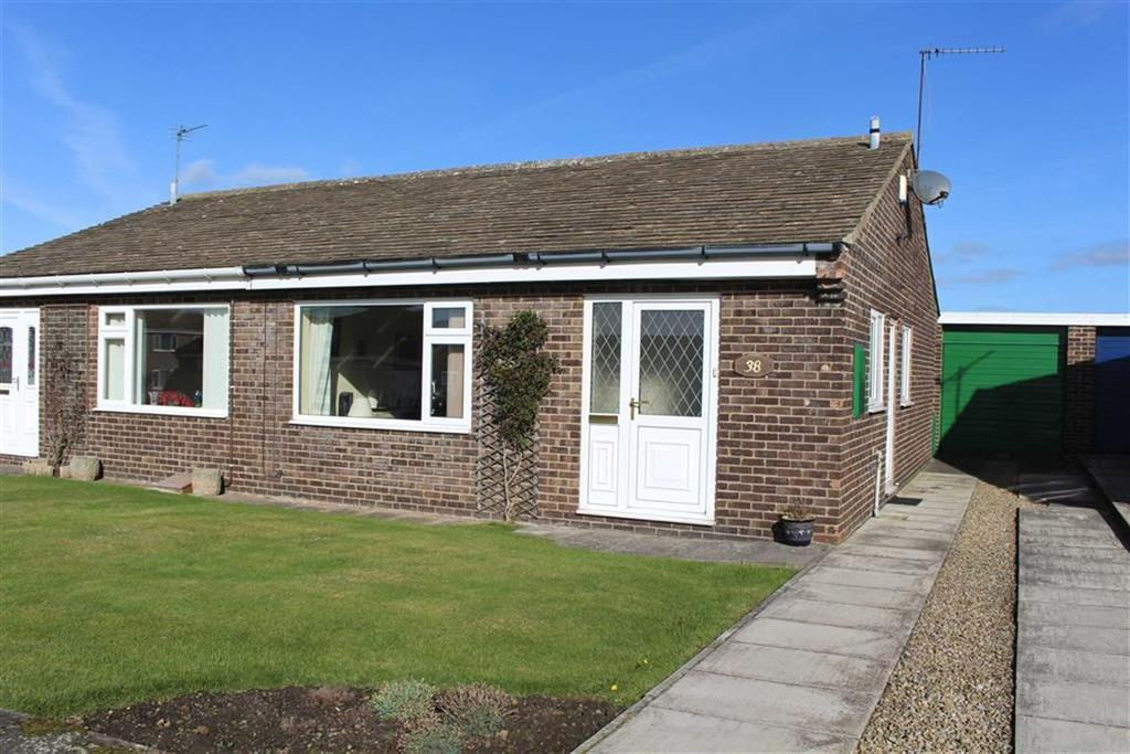 2 Bedrooms Semi Detached Bungalow for sale in High Riggs, Barnard Castle, County Durham