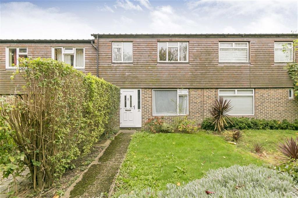 3 Bedrooms Terraced House for sale in Lincoln Walk, Epsom, Surrey