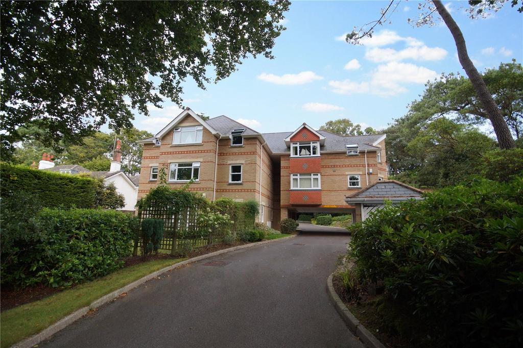 2 Bedrooms Flat for sale in Anthonys Avenue, Lilliput, Poole, Dorset, BH14