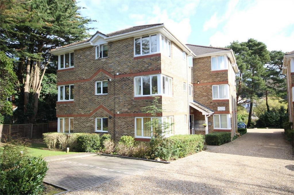 2 Bedrooms Flat for sale in 67 Surrey Road, Westbourne, Dorset