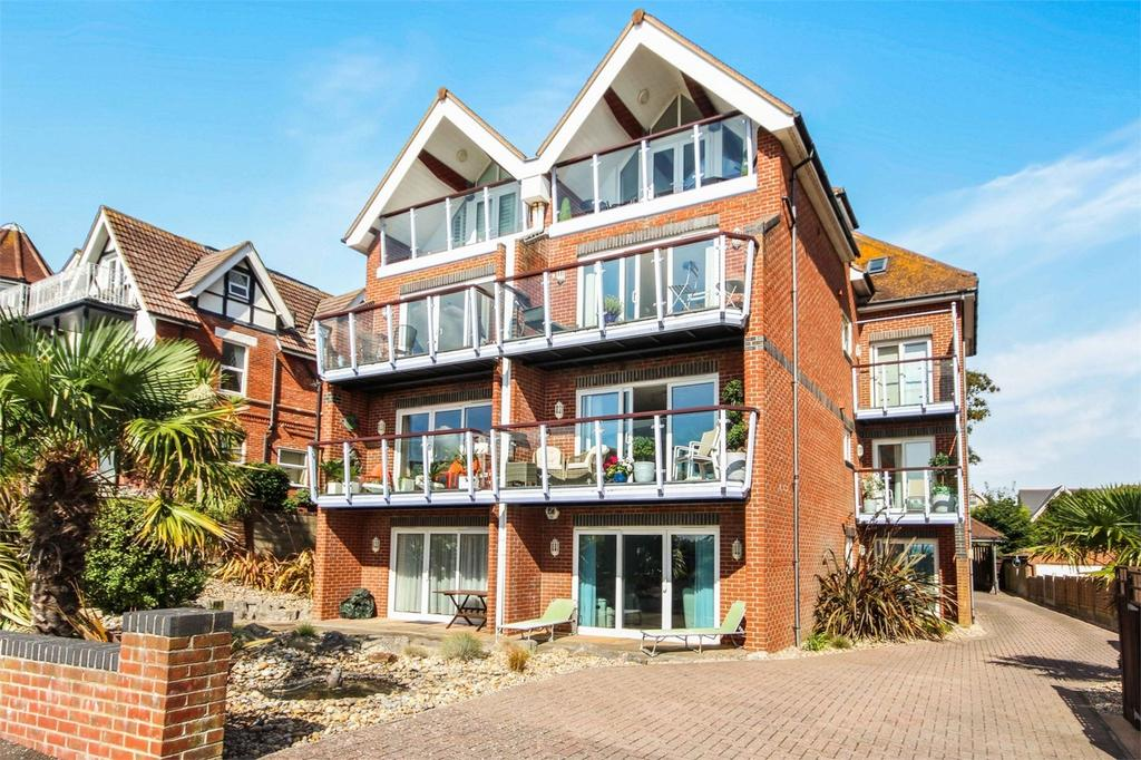 3 Bedrooms Flat for sale in 117 Alumhurst Road, Westbourne, BOURNEMOUTH, Dorset
