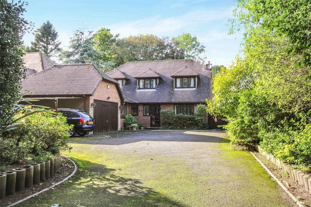 4 Bedrooms Detached House for sale in Hinton Wood Avenue, Highcliffe, Christchurch, Dorset
