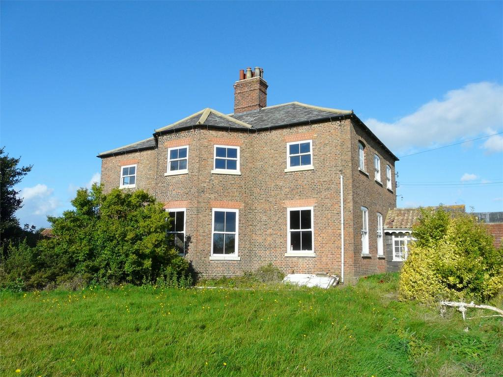 4 Bedrooms Detached House for sale in Mount Pleasant Farm, Wheldrake, York