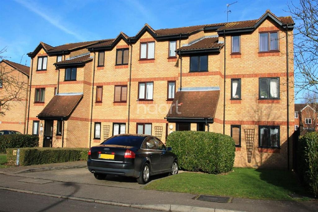 1 Bedroom Flat for sale in Courtlands Close, Watford