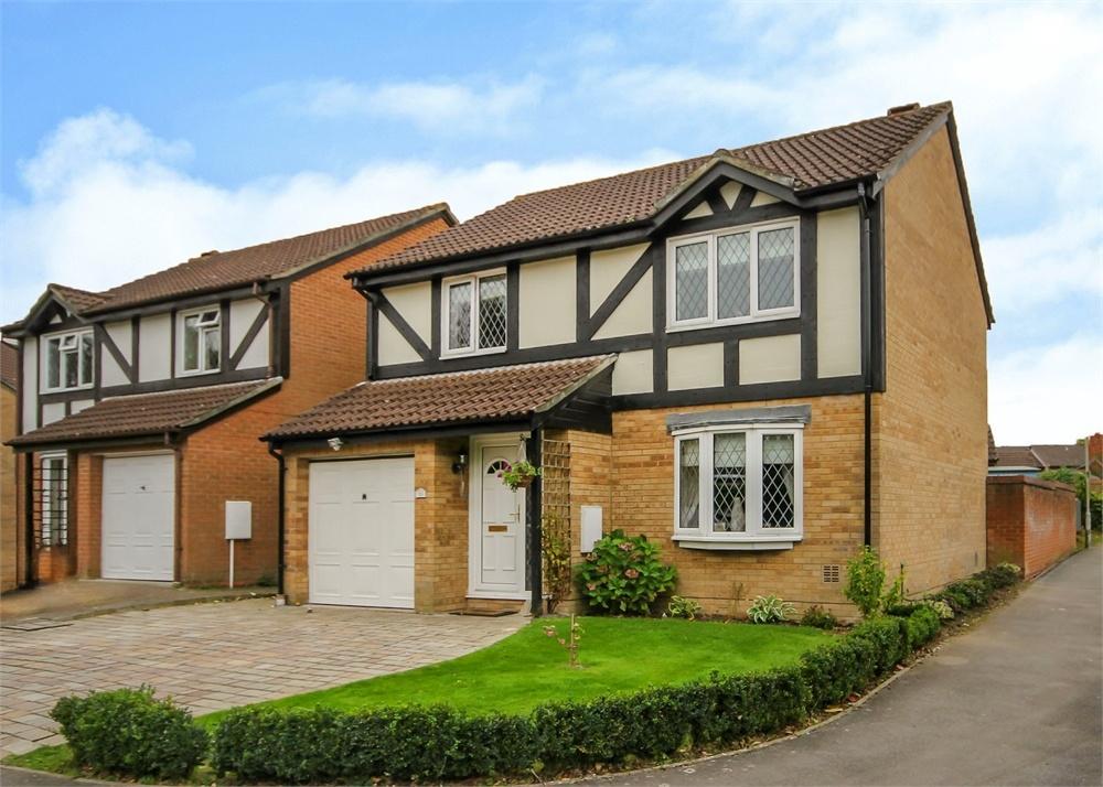 4 Bedrooms Detached House for sale in Leafield Copse, The Warren, Bracknell, Berkshire