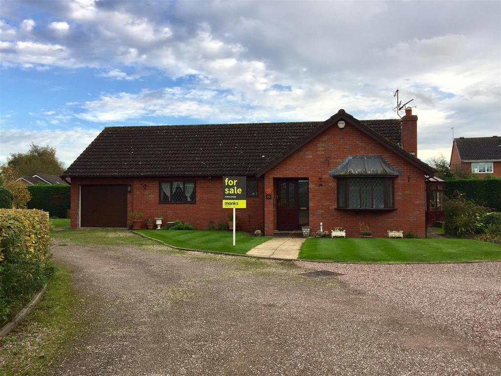 2 Bedrooms Detached Bungalow for sale in Fismes Way, Wem, Shropshire