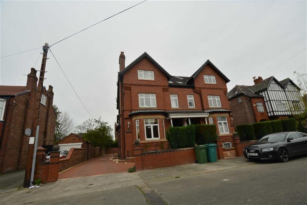 1 Bedroom Flat for sale in Arnold Road, WHALLEY RANGE, Manchester