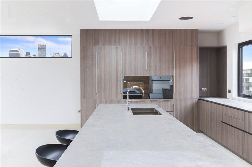 3 Bedrooms Flat for sale in Bell Yard Mews, London, SE1
