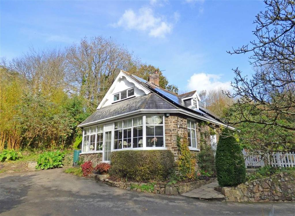 3 Bedrooms Detached House for sale in Lower Cleave, Northam, Bideford, Devon, EX39