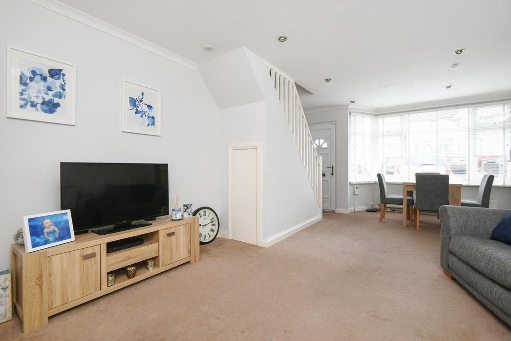 2 Bedrooms Terraced House for sale in Parkside Avenue Bexleyheath DA7