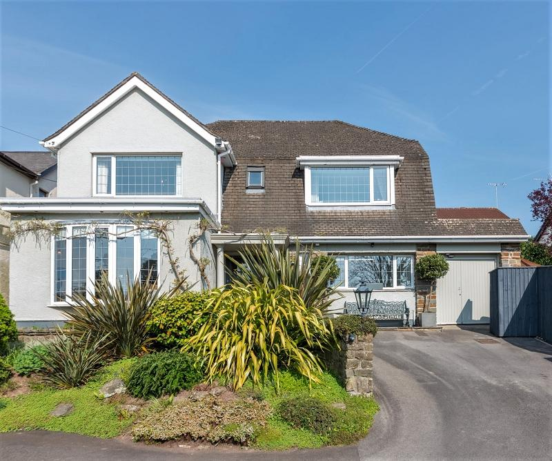 5 Bedrooms Detached House for sale in Pentre-Poeth Road, Bassaleg, Newport, Newport. NP10 8LL