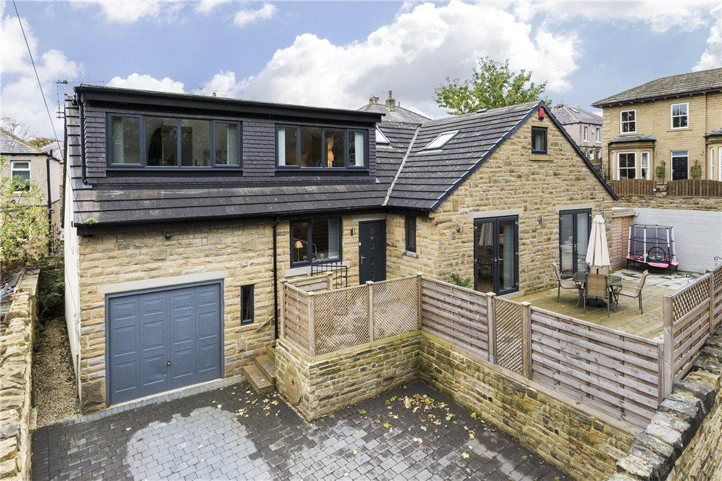 4 Bedrooms Detached House for sale in Croft Street, Idle, Bradford, West Yorkshire