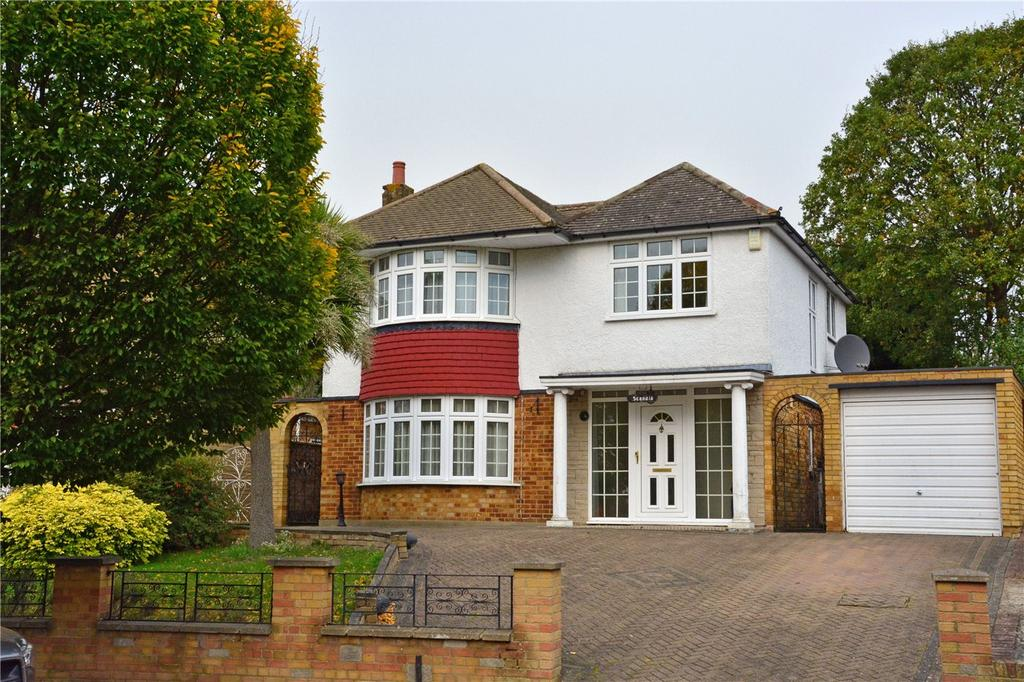 4 Bedrooms Detached House for sale in Walden Road, Chislehurst, BR7