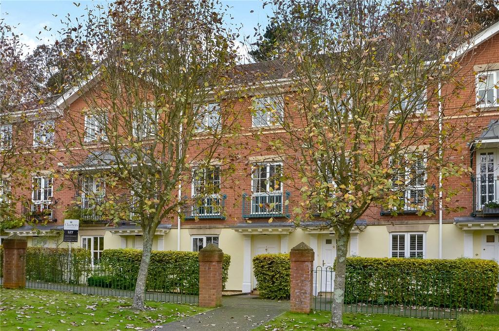 4 Bedrooms Terraced House for sale in Wentworth Grange, Winchester, Hampshire, SO22