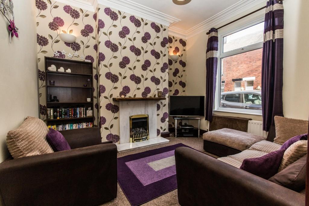 3 Bedrooms Terraced House for sale in Fife Street, Barrow-In-Furness