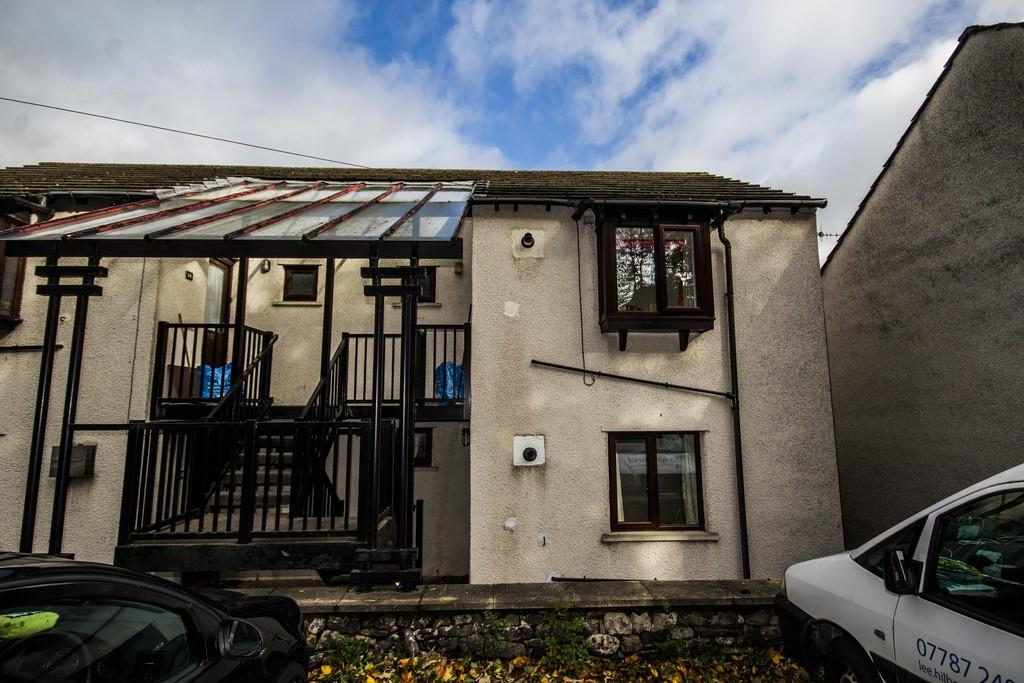 1 Bedroom Apartment Flat for sale in 12 Elm Court, Kendal