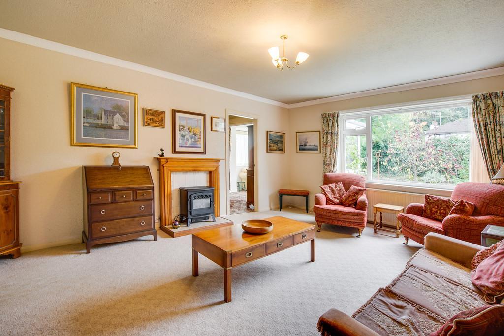 2 Bedrooms Semi Detached Bungalow for sale in 12 Inglemere Close, Arnside, Cumbria, LA5 0AP