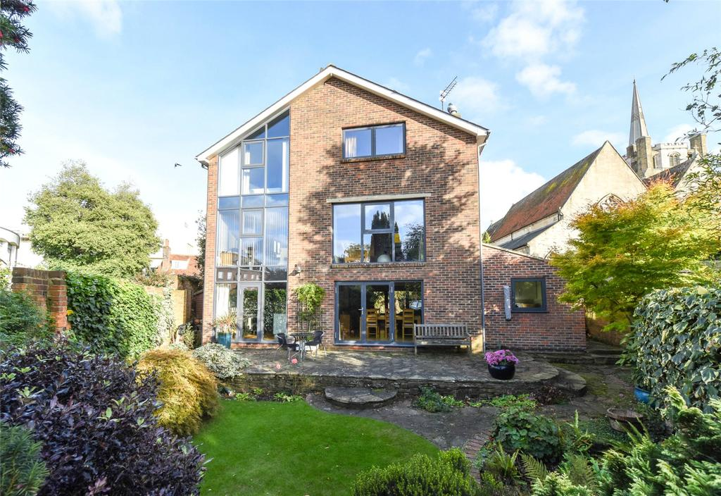 4 Bedrooms Detached House for sale in Tower Street, Chichester, West Sussex, PO19