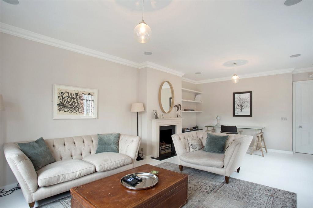 3 Bedrooms Flat for sale in Lees Place, London, W1K