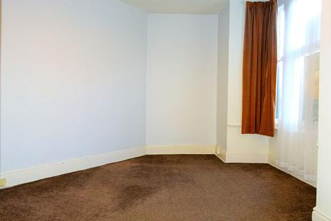 3 bedroom house share to rent - Room 1, 5 Woodseats Road, Sheffield S8 0PD