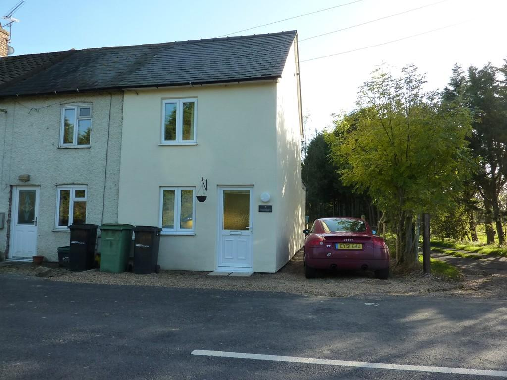 2 Bedrooms End Of Terrace House for sale in Marden, Kent