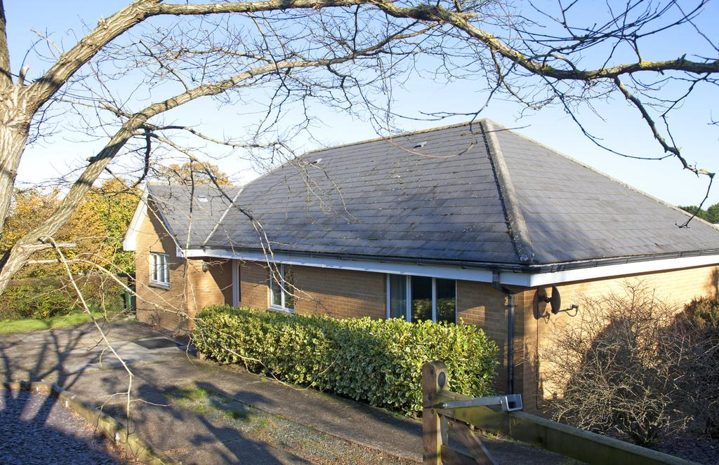 4 Bedrooms Detached Bungalow for sale in Rookley, Isle of Wight