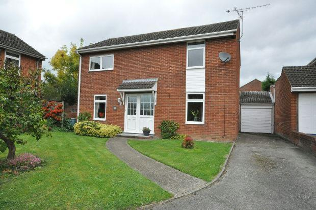 4 Bedrooms Detached House for sale in Hurst Park Road, Twyford, Reading,