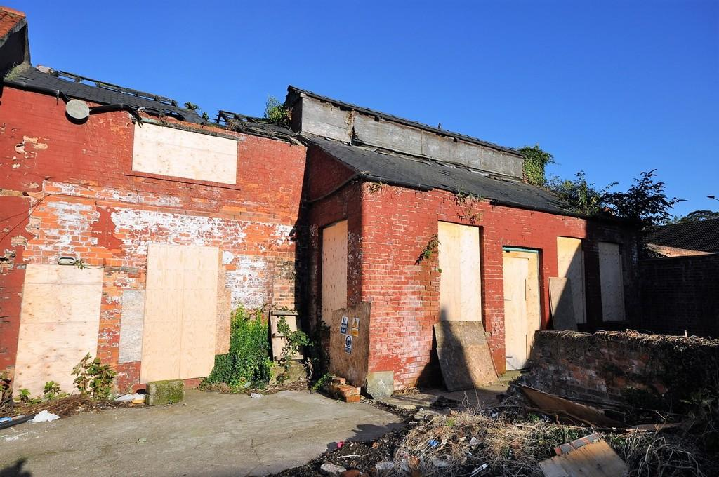 1 Bedroom Barn Character Property for sale in Finkle Street, Thorne, Doncaster