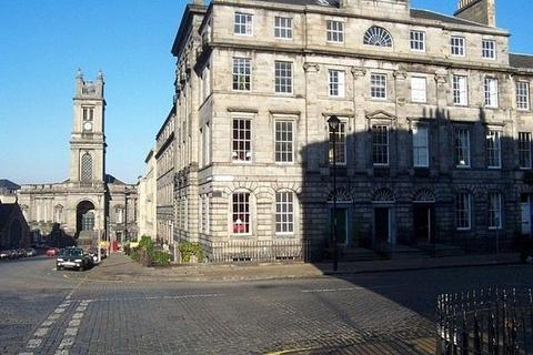 3 bedroom flat to rent - Great King Street, New Town, Edinburgh, EH3 6QU