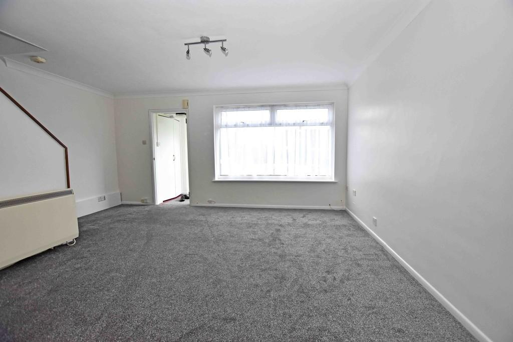 3 Bedrooms Terraced House for sale in Hudson Close, Worthing